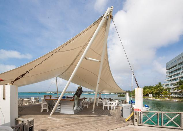 The Seagulls Pool Bar GHL Relax Hotel Sunrise San Andres